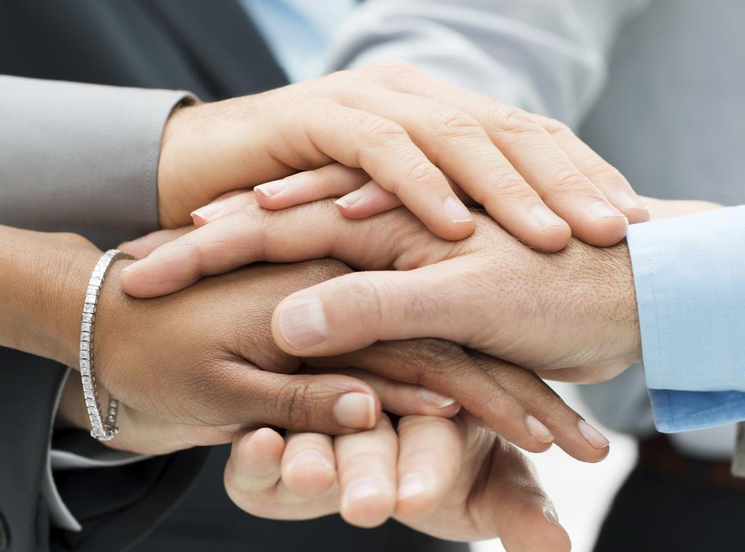 handen op elkaar